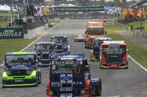 Fotografia de Esportes - Fórmula Truck BSB 2010